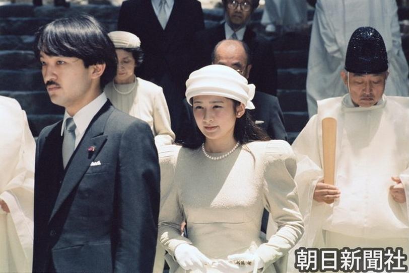 「秋篠宮紀子 でれでれ草」の画像検索結果