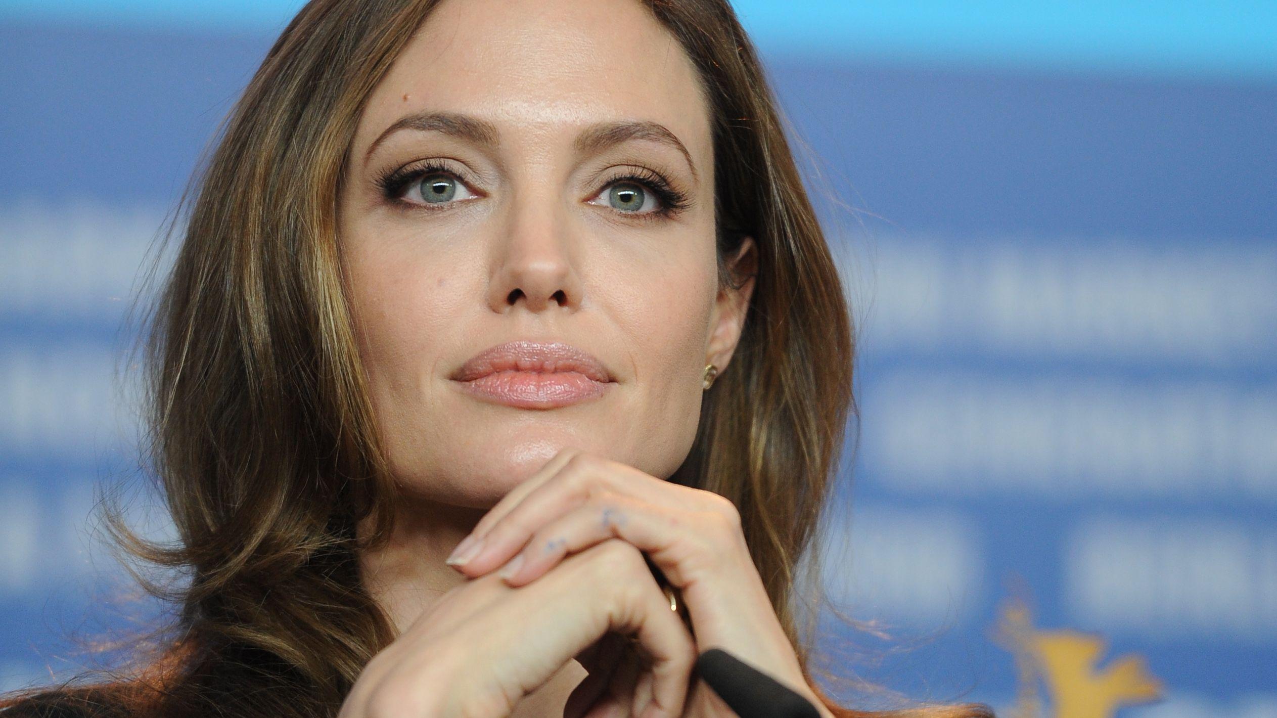 最も美女、アンジェリーナジョリー